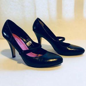 Isaac Mizrahi Pump Shoes
